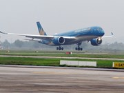 Inaugura Vietnam Airlines ruta aérea Can Tho- Da Nang