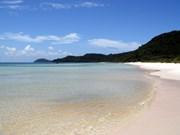 Hermosa playa de Bai Sao en isla vietnamita de Phu Quoc