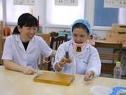 Médica japonesa trae alegría para pacientes vietnamitas