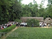 Visitando el pueblo natal del Presidente Ho Chi Minh