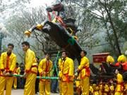 Festival de Giong en el templo Phu Dong y el templo Soc
