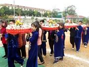 Etnia minoritaria Tay de Vietnam celebra su tradicional Festival Long Tong