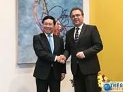Resalta vicepremier de Vietnam importancia de los nexos entre su país y Alemania