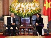 Recibe vicepresidenta vietnamita a delegación del Tribunal Supremo de Tailandia