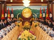 Vietnam y Laos acordaron fortalecer nexos de amistad y solidaridad especial