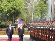 Arriba máximo dirigente vietnamita a Laos