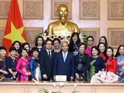 Premier destaca papel de mujeres al desarrollo nacional