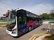 Presentan en Singapur primer autocar eléctrico no tripulado en el mundo