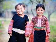 Promueve Vietnam conservación de la ropa tradicional de las minorías étnicas