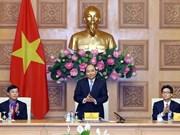 Premier vietnamita exhorta a los jóvenes a promover su rol voluntario en asuntos nacionales