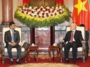Máximo dirigente político de Vietnam resalta potencial de cooperación duradera con EAU