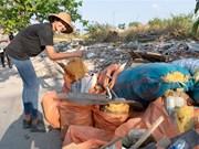 Se unen jóvenes vietnamitas a campaña internacional de recogida de residuos
