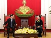 De visita en Vietnam presidente de la Fundación Soong Ching Ling