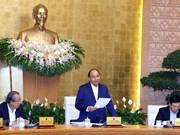 Premier de Vietnam insta a esfuerzos para mantener ritmo de crecimiento económico