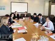 Impulsan cooperación parlamentaria entre Vietnam y Canadá