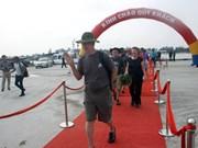 Visitan turistas extranjeros en crucero provincia vietnamita de Quang Tri