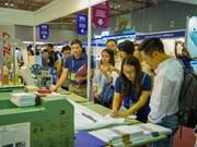 Inauguran en Vietnam exposición internacional de confecciones textiles