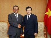 Gobierno vietnamita dispuesto a apoyar a inversores extranjeros