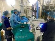 Cooperan Vietnam y Reino Unido en la lucha contra el cáncer
