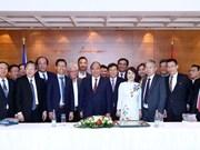 Destacan premier vietnamita aportes de Unión de Asociaciones de connacionales en Europa