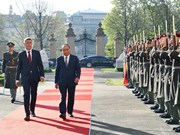 Reciben en República Checa con honores al primer ministro de Vietnam