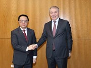 Fortalecen nexos entre Partidos Comunistas de Vietnam y Rusia