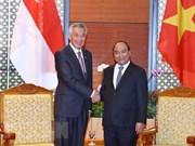 Premier vietnamita se reunió con su homólogo de Singapur
