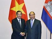 Primer ministro de Vietnam recibe a dirigentes de Camboya y Laos