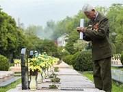 Honran en Vietnam a veteranos con motivo del aniversario de victoria de Dien Bien Phu