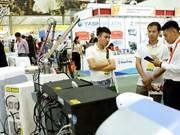 Nutrida participación de empresas extranjeras en exhibición de productos farmacéuticos de Vietnam 2019