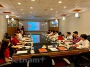 Vietnam y Singapur promueven intercambio entre pueblos