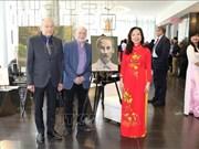 Efectúan en Canadá exhibición sobre Presidente Ho Chi Minh