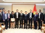 Viceprimer ministro vietnamita recibe a empresas francesas