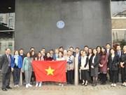 Conmemoran comunidades vietnamitas en el extranjero el 129 natalicio de Presidente Ho Chi Minh