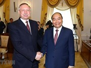 Primer ministro vietnamita Nguyen Xuan Phuc visita San Petersburgo
