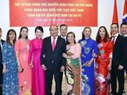 Premier de Vietnam promete facilitar negocios de compatriotas residentes en el exterior