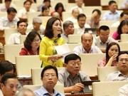 Continúa Parlamento vietnamita debates sobre temas socioeconómicos