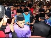 Miles de malasios participan en festividad islámica por el fin del Ramadán