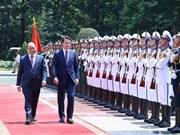 Concluye premier de Italia visita oficial a Vietnam