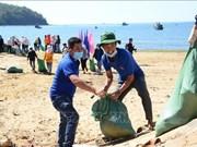 """Se inicia en localidades vietnamitas la campaña """"Limpiemos el mar"""""""