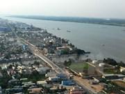 Fortalecen relaciones ciudades de Vietnam y Laos