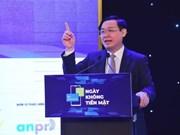 Destacan en Vietnam beneficios de pagos sin efectivo