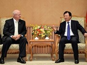 Recibe viceprimer ministro vietnamita a alto ejecutivo del grupo estadounidense Hanesbrands