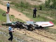 Mueren dos pilotos en Vietnam al estrellarse un avión militar de entrenamiento