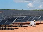 Inauguran en provincia vietnamita de Ninh Thuan planta de energía solar