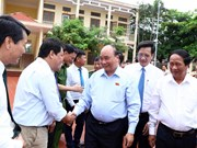 Premier de Vietnam dialoga con electores de ciudad de Hai Phong
