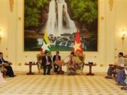 Dialoga vicepremier de Vietnam con asesora de Estado de Myanmar