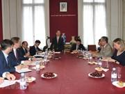 Aboga comisaria europea de Comercio por pronta firma de TLC con Vietnam