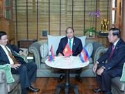Premier vietnamita se entrevista con sus pares de Laos y Camboya