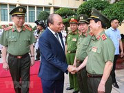 Pide primer ministro de Vietnam a la policía seguir de cerca la situación global